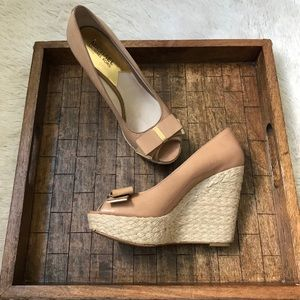 MK | LEATHER MK LOGO BOW WEDGE ESPADRILLE SHOES